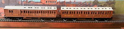 2  Boxed Hornby LNER Clerestory coaches
