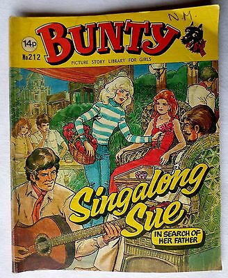 BUNTY. PICTURE STORY LIBRARY FOR GIRLS. No 212. SINGALONG SUE. 1980
