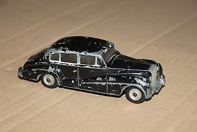 Dinky Rolls-Royce Silver Wraith die cast model (play worn, unboxed)