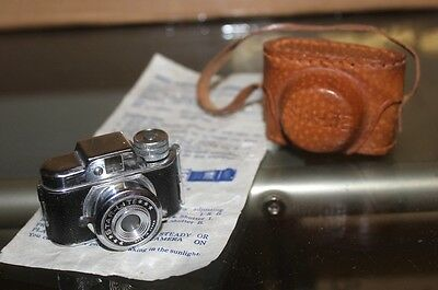 Vintage STAR-LITE / HIT Style Miniature Spy Camera WITH LEATHER CASE EXCELLENT!!