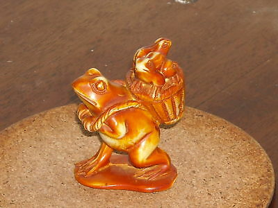 Vintage  Hand Carved Frog Walking With Little Frogs,