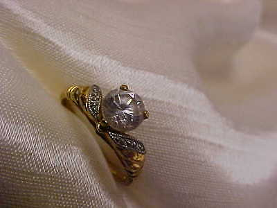 Circa 1970's Lind Gold Electroplate CZ Stone Ladies Ring Size 8 Nice Design