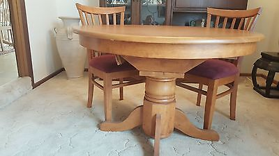 Dining Table and 4 (four) Chairs