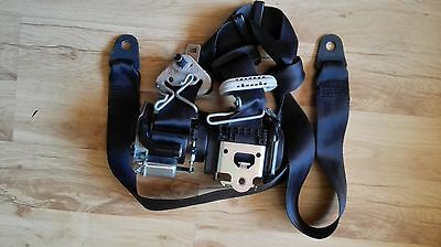 Peugeot 208 Front Seatbelts Pair Seat Belt Left+Right With Pretensioner