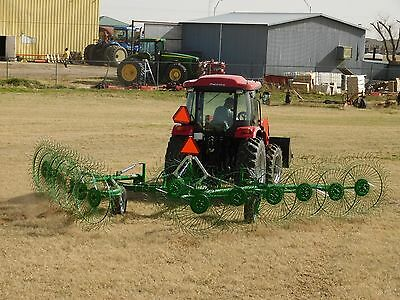 WE DELIVER EVERYWHERE! 2016 Frontier 12 Wheel Hay Rake - USED ONCE!