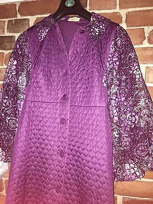 """Vintage quilted & lace house coat / robe / dressing gown / St Michael M&S 36"""" 14"""