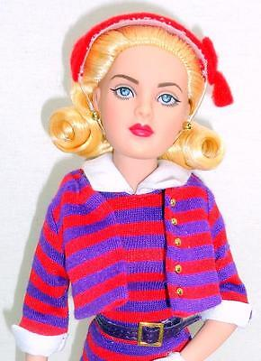 """Stripes Suit Me! Tiny Kitty Tonner BW 10"""" Blonde Fashion Doll Stand Box Shipper"""