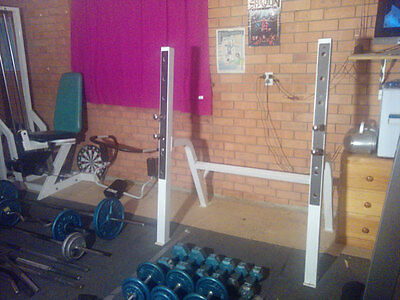 Bench press/squat rack, adjustable bench with preacher, barbell
