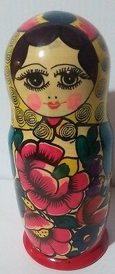 Wooden Painted Nesting Dolls Older 5 Pieces Unmarked