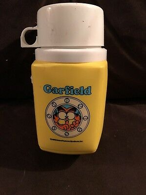 Garfield Yellow 8Oz Thermos Complete King Seeley Thermos Co.