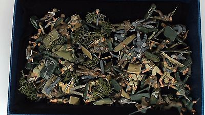 778. Mixed Job Lot Of Unsorted Original Airfix Army Soldiers German British Etc