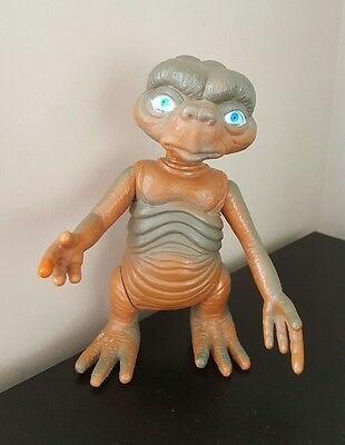 """E T Extra Terrestrial 8"""" Toy Action Figure"""