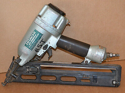 "Hitachi NT65MA2 2-1/2"" Finish Nailer  in good used working condition"