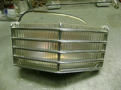 1964 Cadillac Driver Left Front Turn Signal Lamp Assembly Complete