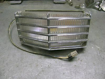 1964 Cadillac Passenger Right Front Turn Signal Lamp Assembly Complete
