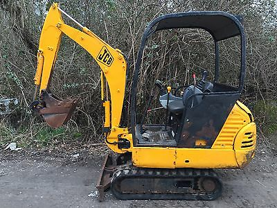 JCB 8015 Mini Digger 2 Buckets GD Tracks GWO £5000 Plus VAT