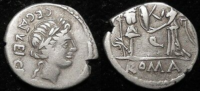 MRTWN Egnatueleia Quinarius 97 BC Apollo / Victory inscribing shield on trophy