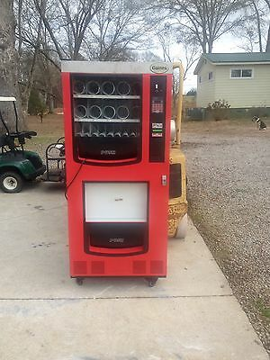 Vending Machine / Snack & Coke  With Dollar Bill Changer With Led Lighting