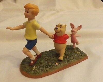 Winnie The Pooh And Friends ~ A Big Parade  ~ Limited Edition Figurine  4004014