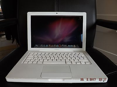"Apple MacBook 13"" Core 2 Duo 2.16GHz 3GB 120GB HDD 2008 A1181 Blanco"