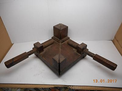 RARE ANTIQUE ALL WOOD Miter Picture Frame Clamp Vise