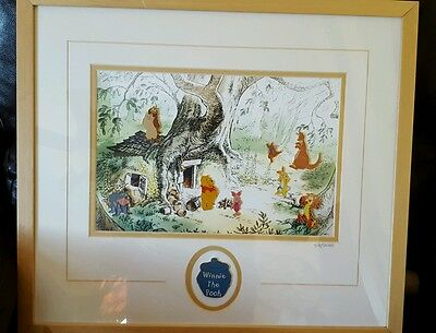 Winnie the Pooh limited edition Framed Pin Set 478/2000