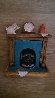 PETER FAGAN  COLOURBOX CAT - Cats on a blue fireplace