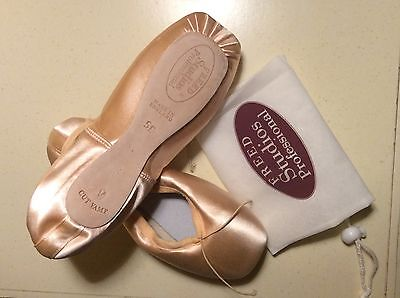 New Freed Studio Professional Womens Pink Pointe Shoes