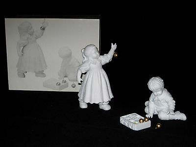 Department 56 -Hanging The Ornaments- White Porcelain- Winter Silhouette #7793-3