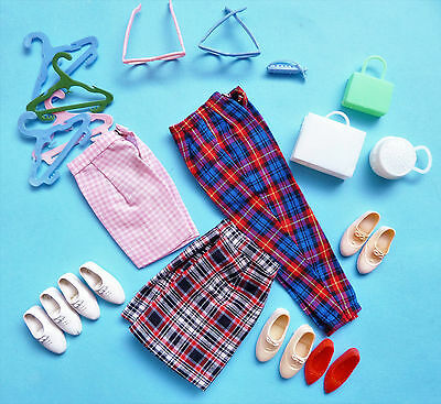 Vintage Lot Of Clothes, Hangers, Purses, Glasses And Shoes From 1960's