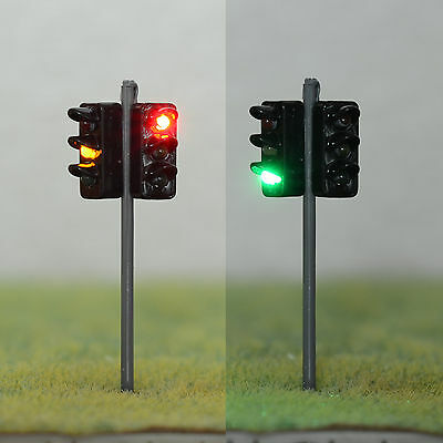 1 x 2 Way Traffic Signal LED Street Lights W/ 12V Resistor HO OO Scale 4.5cm