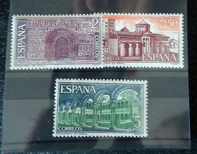 Spain Stamps - 1970 Monastery Of Set Of 3 In Mint Condition