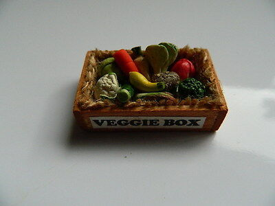 (F3.27) Dolls House Handmade Organic Veggie Box With Assorted Vegetables