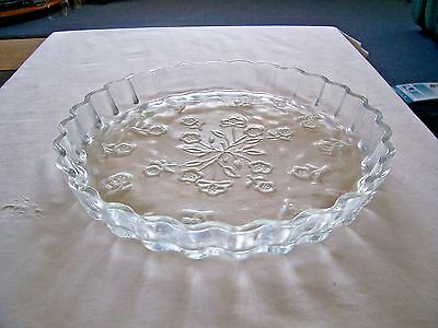 "Anchor Hocking 10"" Savannah Quiche/pie Plate/ Dish - Embossed Flowers - Disc"