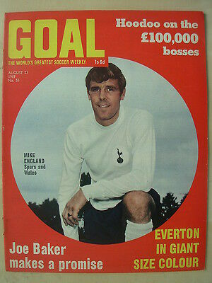 GOAL MAGAZINE AUGust 23 1969 EVERTON MIKE ENGLAND - TOMMY LAWRENCE - BOBBY HOPE