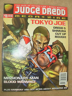 JUDGE DREDD MEGAZINE No 19 JULY 1996