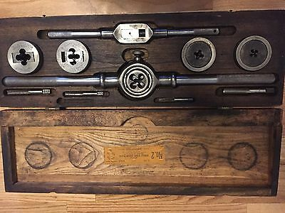 Greenfield little giant tap and die set no. 2  5 sizes