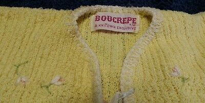 1950s YELLOW w/ EMBROIDERED FLOWERS  kniTown INFANT/ BABY DOLL SWEATER newborn