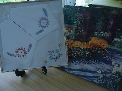 Vintage Irish Cotton Linen Embroidered Ladies Handkerchiefs 3 Boxed Set Nib
