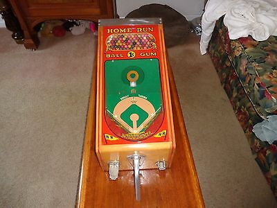 Antique Victor  1940 Penny Arcade Home Run Pitch and Bat Gumball Machine MINT