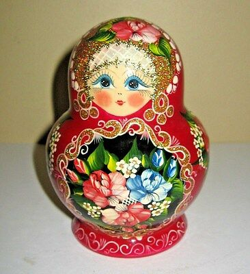 Hand Pianted Wood Russian Nesting Doll Hand Signed 9 Piece