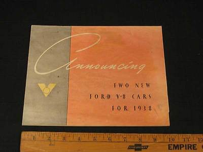 1938 Ford V8 Standard & DeLuxe Folder Sales Brochure