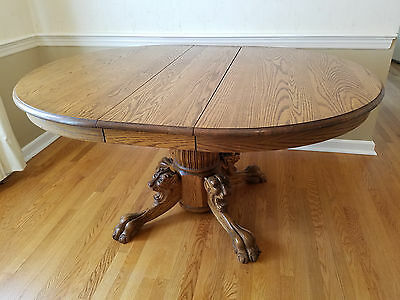 Claw Paw Feet Round Dinning table With Lions Heads Table Legs