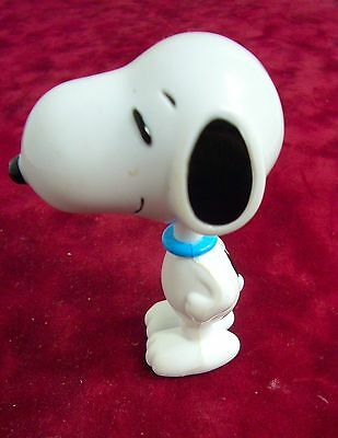 Vintage Peanuts SNOOPY Puppy Dog Charlie Brown Bobblehead Bobble Toy Wobbler