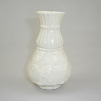 BELLEEK  FERNS PATTERN VASE 2nd GREEN MARK
