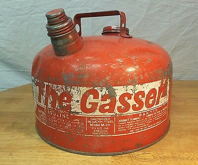 EAGLE Gas Can The Gasser Galvanized 26 gauge steel Very Clean Inside M-2 1/2 ga