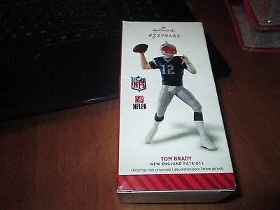 TOM BRADY: Hallmark Keepsake Ornament- New England Patriots BLUE Uniform NEW