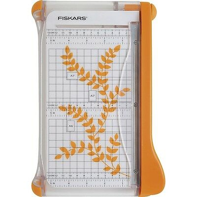Fiskars Bypass Trimmer - 22 cm Rubberised Cuts Up-to 5 Sheets Guillotine 9913