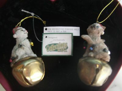 Nwt 2 Decorative Cats On Bells Caught Up In Lights Christmas Holiday Ornaments