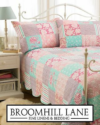 New! Pink Blue Floral Summer Double Bedspread Throw Floral Patchwork Quilt Set